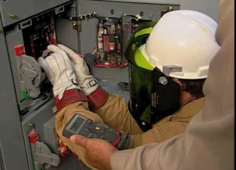 Electrical Safety Training for Electricians - Hy-Classe Group of ...